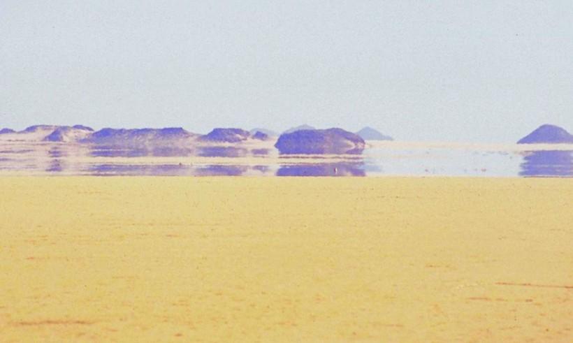 Фото миража в пустыне
